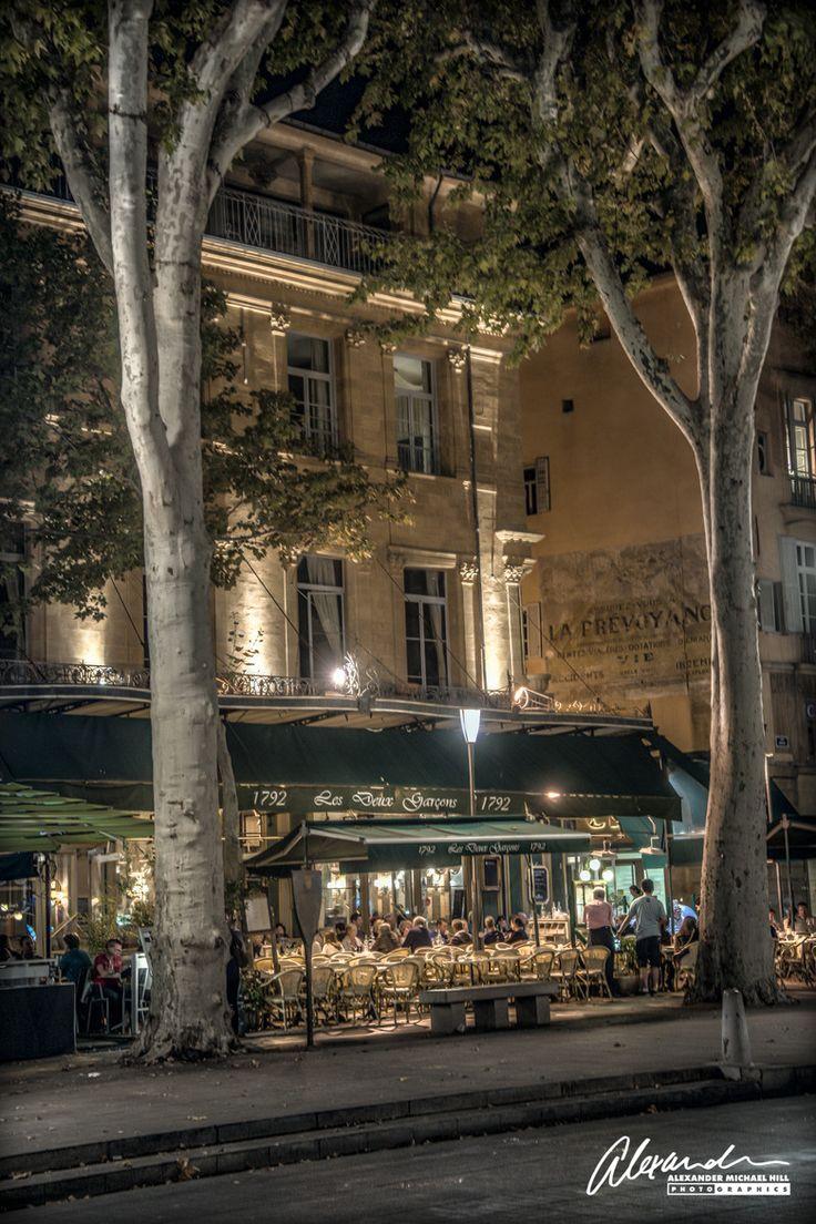 Where i dine in Aix-en-Provence: Les Deux Garçons on the Cours Mirabeau.