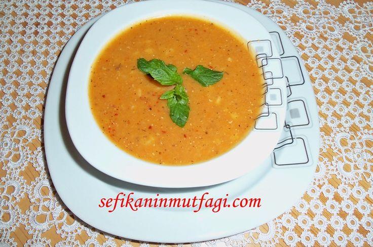 Ezogelin Çorbası #TürkYemekleri #çorba #çorbatarifleri #soup #recipes http://sefikaninmutfagi.com/ezogelin-corbasi/