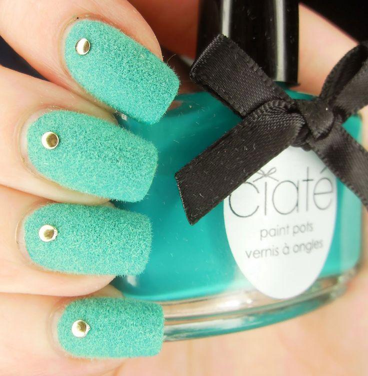 + 40 Fotos de uñas decoradas con terciopelo - velvet Nail art - http://xn--decorandouas-jhb.com/40-fotos-de-unas-decoradas-con-terciopelo-velvet-nail-art/
