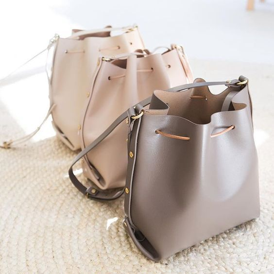 neutral hermes bag- Hermes handbags collection http://www.justtrendygirls.com/hermes-handbags-collection/