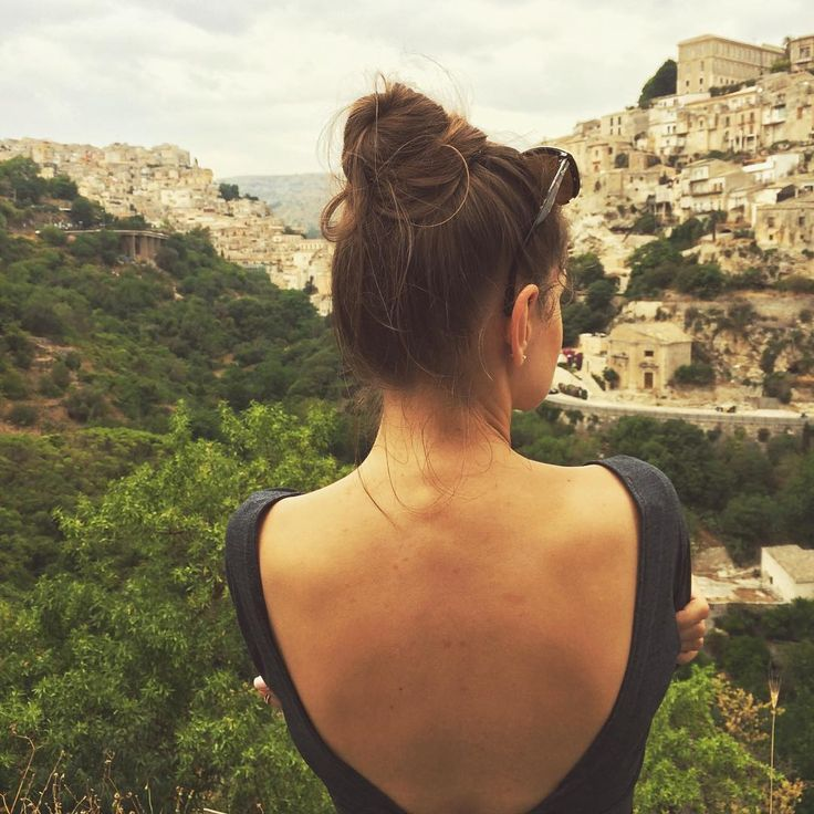 backless t shirt, inspitaion Ragusa, Sicily