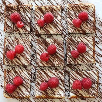 Skinny Chocolate Raspberry Cheesecake
