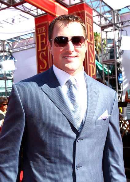 Jason Witten Photos Photos - NFL tight end Jason Witten arrives at the 2010 ESPY Awards at Nokia Theatre L.A. Live on July 14, 2010 in Los Angeles, California. - 18th Annual ESPY Awards - Arrivals