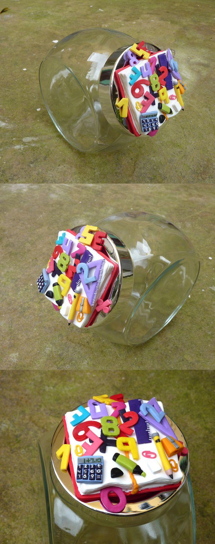 Barattolo per biscotti con calcolatrice squadra lapis e numeri in fimo fatto a mano - Biscuit jar with calculator pencil an numbers in fimo polymer clay handmade