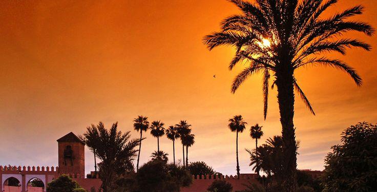 Wenn du noch nie in Marrakesch warst, musst du die rote Stadt unbedingt kennen lernen!  Verbringe 3 bis 7 Nächte im Hotel Riad Baba Ali. Im Preis ab 179 Franken sind das Frühstück und der Flug inbegriffen.  Hier kannst du deine Ferien buchen: https://www.ich-brauche-ferien.ch/ferien-deal-marrakesch-ferien-deal-marrakesch-mit-flug-und-hotel-fuer-nur-179/