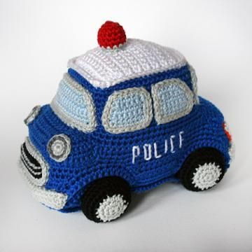 Police car amigurumi pattern by Christel Krukkert