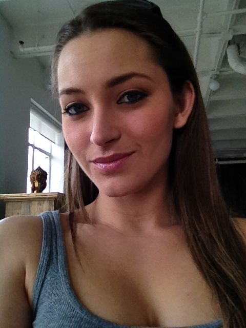 pin von jhei44 auf dani daniels. Black Bedroom Furniture Sets. Home Design Ideas