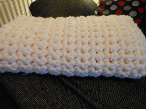 Hey, I found this really awesome Etsy listing at https://www.etsy.com/uk/listing/265799802/crocheted-super-chunky-giant-throw-thick