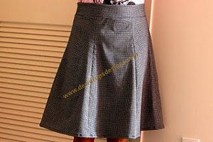 A versatile 6 gore skirt with NO PAPER PATTERN! Just use your own waist/hip measurement!