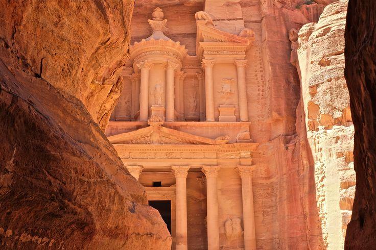 Petra, quand le Khazneh se dévoile. Mars 2015 Photographe : Pascal Subtil