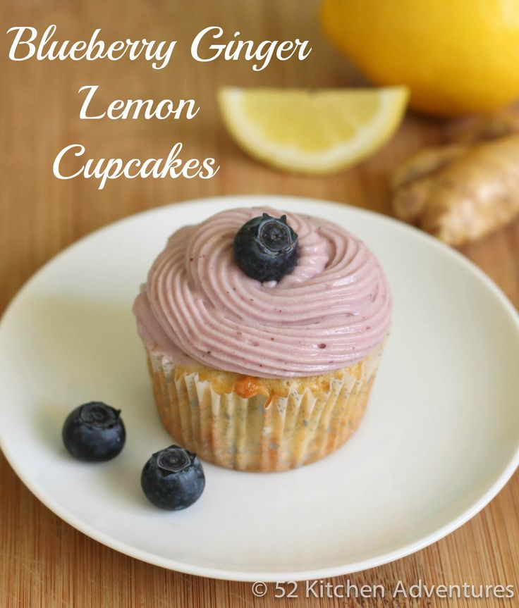 Blueberry Ginger Lemon CupcakesGingers Lemon, Bees, Photos Gallery, Kitchens Adventure, 52 Kitchens, Blueberries Gingers, Summer Treats, Cupcakes Rosa-Choqu, Lemon Cupcakes
