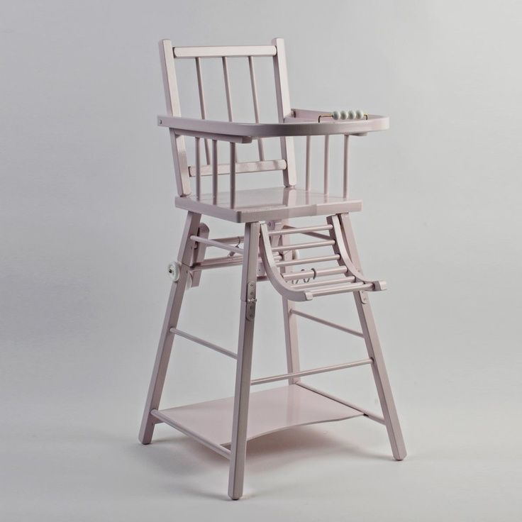 The only high chair I'd love to buy! Chaise haute Combelle by Bonton!