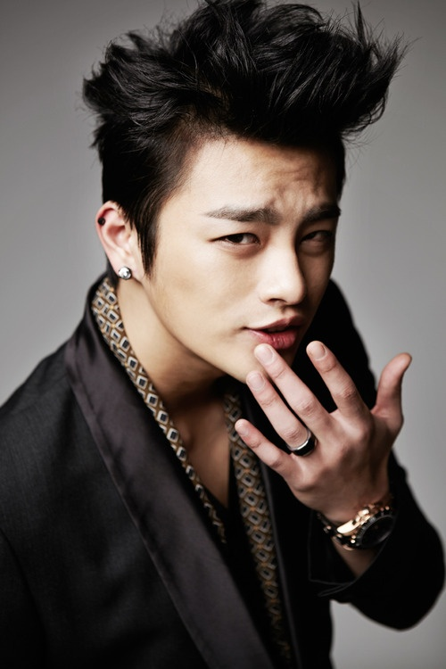 South Korean singer and actor, Seo In-guk