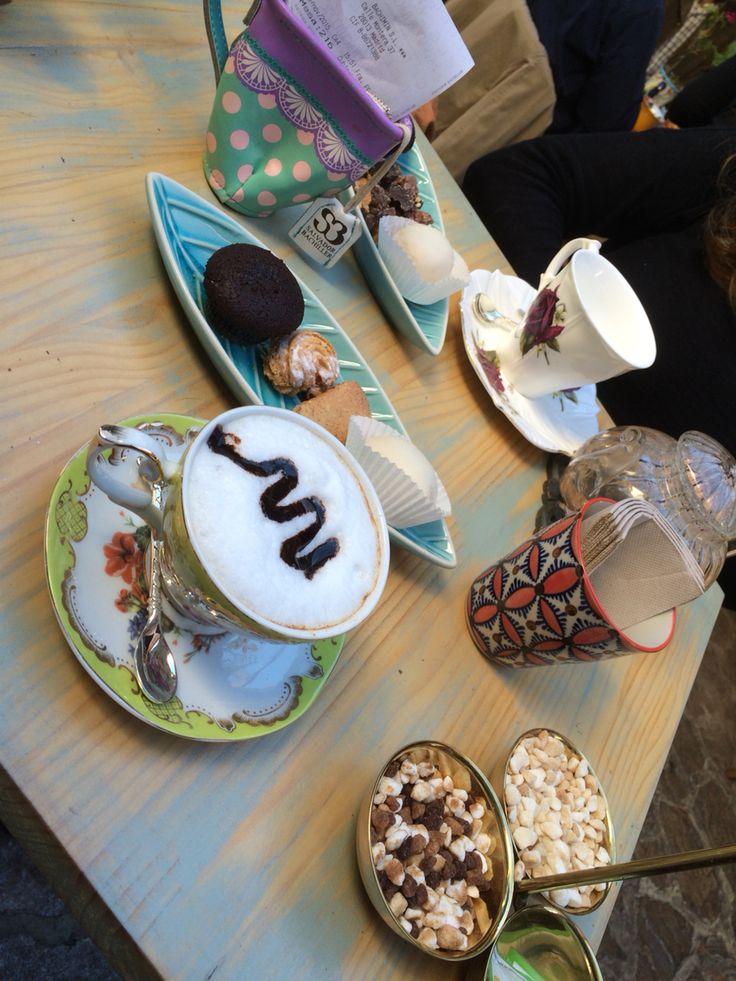 Café y te