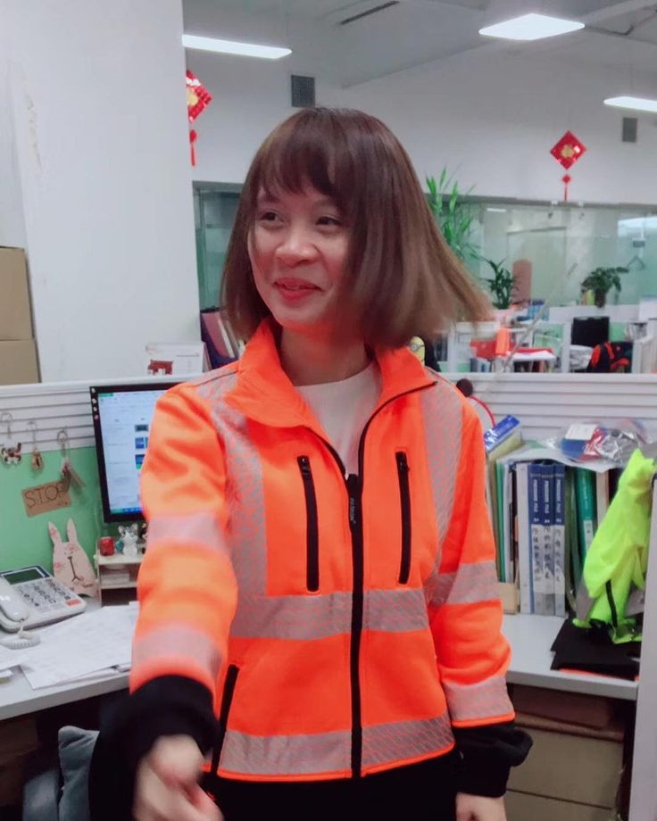 Sweet workmate  @kachun_monica  to get ANSI / CSA standard garment with wholesale price    __________________________ For inquiries WhatsApp/iMessage: 86 183 4440 7603 : monica19910914@gmail.com Website: www.kachun.com.cn  __________________________  #safetyvest #safetyfirst #safety #safetysuit #safetyboot#vest #worksuit #workkit #reflectivejacket #reflectivetape #workvest #workplace#freeshipping #3mtape #union#fireworks #fireresistant#constructionsupplies #consruction #constructionworker…