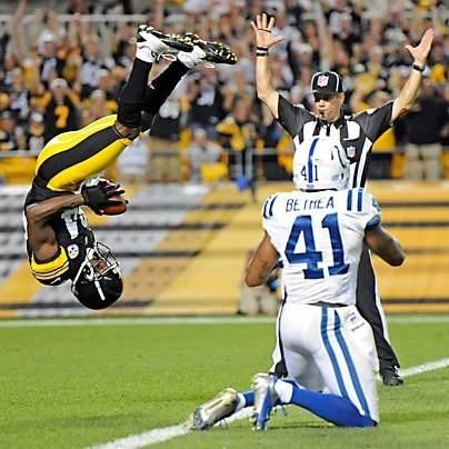 Antonio Brown. TD!!!!! Love this photo !! Love AB !!!