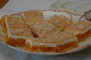 """Schön saftig schmeckt der Mandarinen-Schmand-Blechkuchen von Sabine Spitthoff aus Metelen im Kreis Steinfurt. """"Den Kuchen kann man gut einfrieren. Er..."""