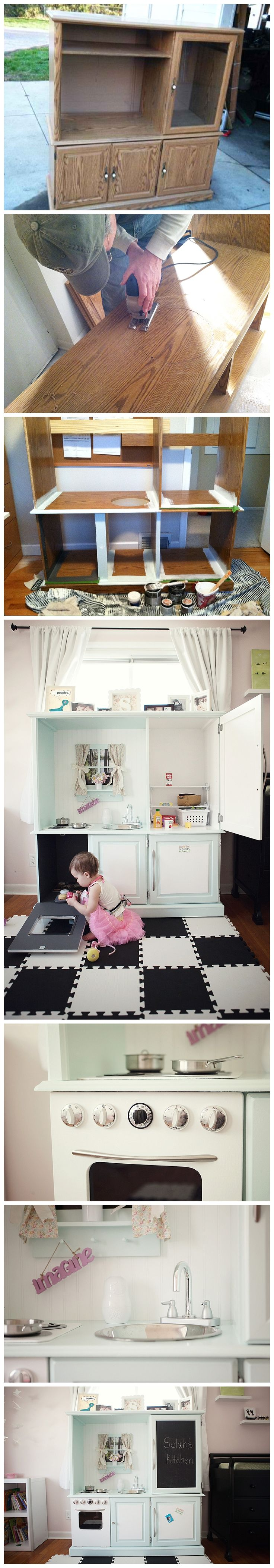 DIY 1950s Play Kitchen!  So dang cute!