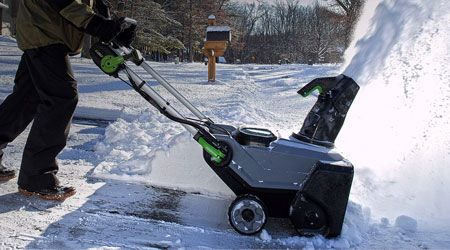 Get emergency snow removal service by calling on this number (403) 499-8410. We are experienced & affordable snow removal contractors in Calgary.