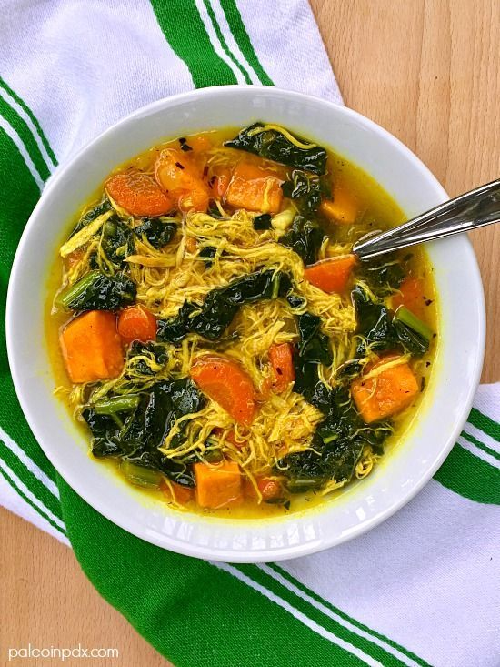 Superfood Chicken and Vegetable Soup | gut health | healing chicken soup | no-noodle chicken soup | grain-free chicken soup | gluten-free chicken soup | nutrient-dense soup | gut healing soup | superfoods | paleo soup recipe | primal | real food | nourishing soup | healthy eating | clean eating | paleo in pdx