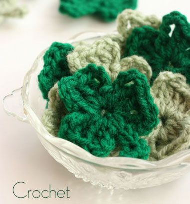 How to crochet a shamrock - St. Patrick's day // Horgolt négylevelű lóherék - szerencsehozó kabala  // Mindy - craft & DIY tutorial collection