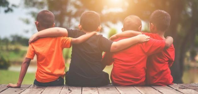 آداب التعامل مع الأصدقاء للأطفال Happy Students Kindergarten Kids Kid Friendly