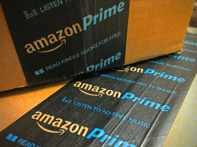 Amazon.com will now come in Spanish too     - CNET  Amazon has started to roll out the first new language on Amazon.com since its original sites creation over 20 years ago.  A spokeswoman for the Seattle-based online retailer told CNET on Thursday that the website has begun adding Spanish. The change should allow the US more than 40 million native Spanish speakers and over 10 million bilingual Spanish speakers to shop on the site in their preferred language.  Users will be able to toggle…