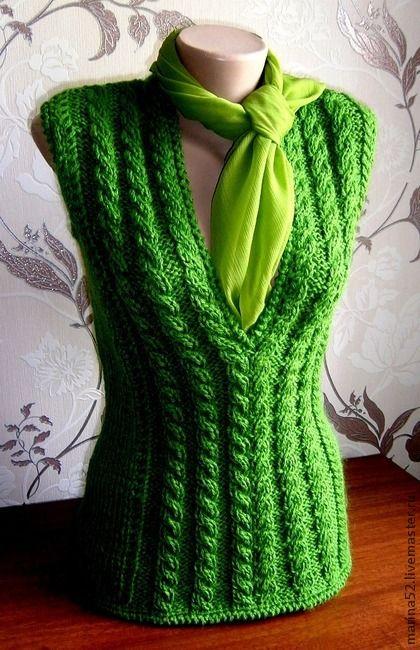 """Жилет вязаный """"Елочка"""" - зелёный,яркая зелень,жилет вязаный,Жилет женский"""