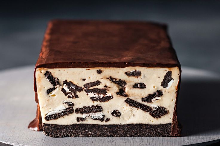 Classic Oreo biscuits are used to make both the base and the crunchy filling inside this more-ish cheesecake bar.