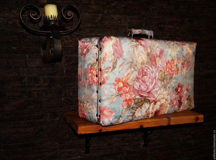 """Купить Чемоданчик """"Зефирное ретро"""" - голубой, цветочный, чемоданчик, старый чемодан, будуар, ретро стиль"""