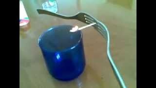 Simple trick. Magic? No, physics., od Nikči W.
