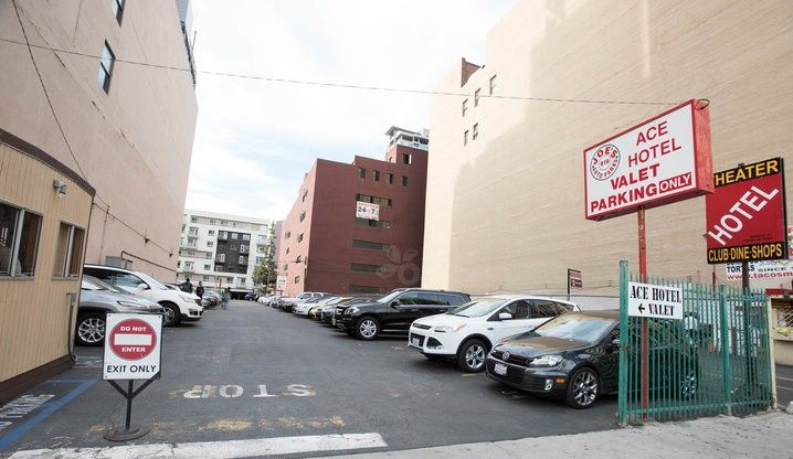 Joe's Auto Parks provide valet service at Ace Hotel to make eaiser for their customers.  We serve the cheap prices and convenient parking service, search our website and find the best garage, valet, and self-park surface lots. http://joesautoparks.com/locations/918-s-broadway/