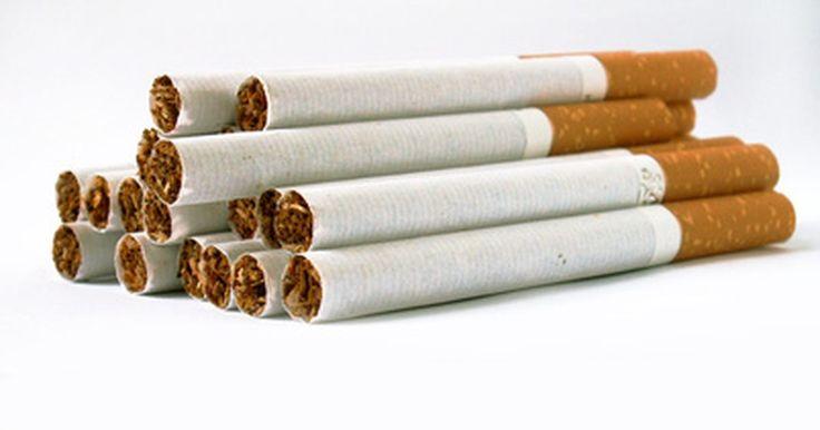 ¿Cuánto tiempo permanece la nicotina en tu sistema?. A pesar de los riesgos asociados al consumo del cigarro, millones de personas alrededor del mundo continúan fumando. Aunque muchos intentan dejarlo, investigaciones del Instituto Nacional de Abuso de Drogas (NIDA por sus siglas en inglés) muestran que estos intentos generalmente fracasan. Muchos fumadores afirman que un gran deseo por un cigarro ...