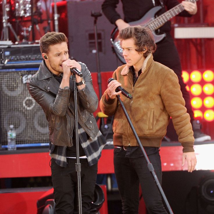 One Direction news: Good Morning America stage revealed as it's confirmed they're performing 'Drag Me Down'  - Sugarscape.com