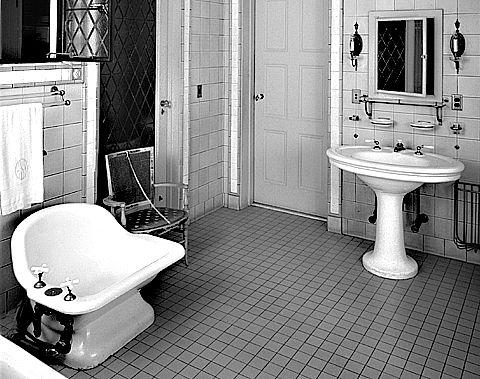 1000 Images About Fantasy Bathroom Ideas On Pinterest Art Deco Bathroom Hotel Bathrooms And