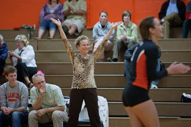 MLive.com: Kalamazoo College volleyball coach Jeanne Hess reaches 500 career victories