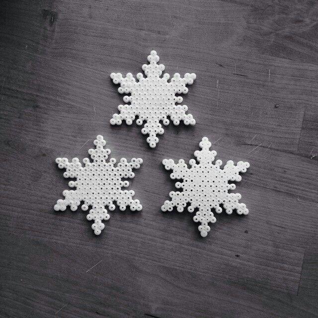 Snowflale perler beads