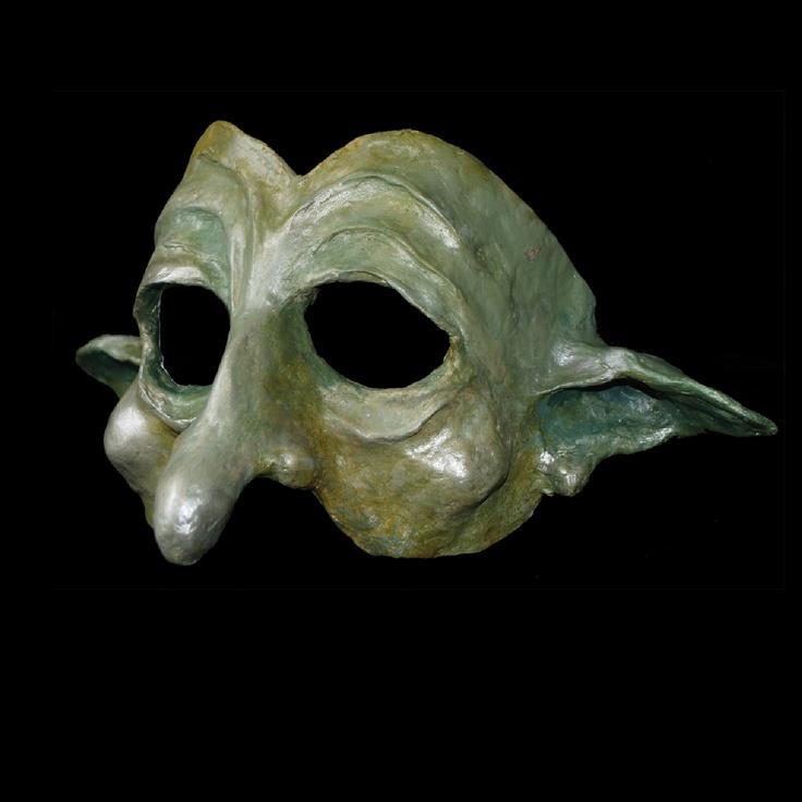 26 best images about paper mache mask on pinterest black gold paper mache crafts and plague - Masque papier mache ...