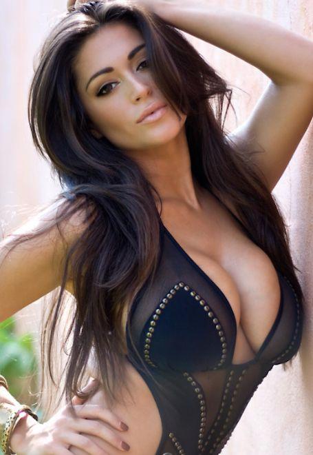 Casey Batchelor - Model & Dancer