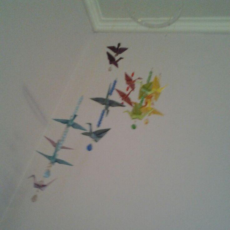 Mobile origami arco iris com cristais swarovsky
