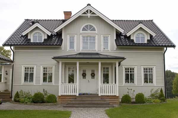 Hus med fina färger!