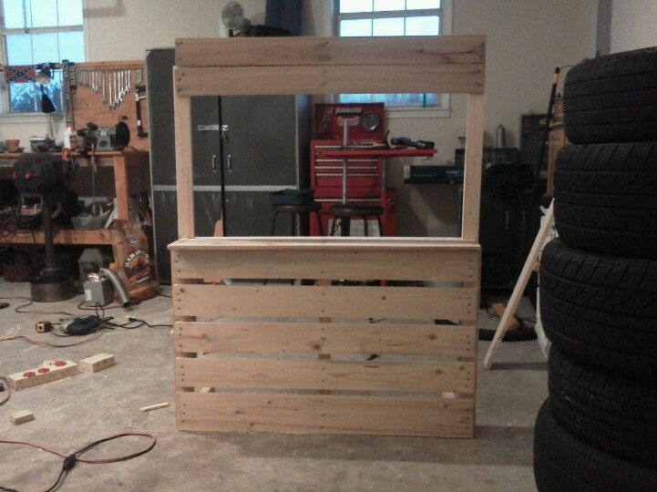 Pallet photography prop stand