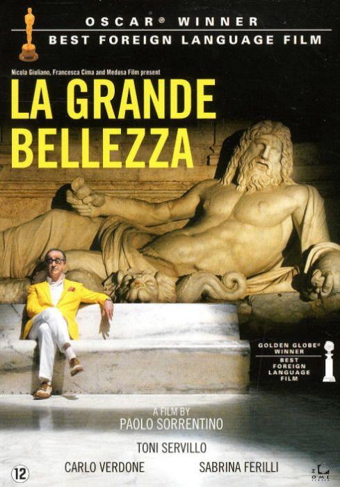 Drama uit 2013 van de Italiaanse regisseur Paolo Sorrentino. Een cynische kunstcriticus en societykoning die nog steeds teert op het succes van zijn eerste roman dwaalt op de dag na zijn 65e verjaardag door Rome en overdenkt zijn leven. Deze film won dit jaar de Oscar voor beste niet-Engelstalige film.