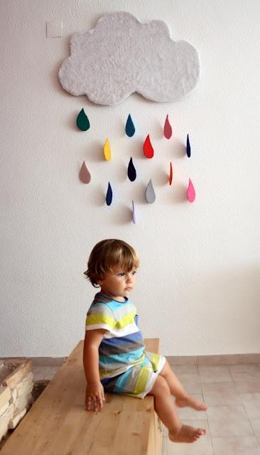 handmade cloud w/ rain drops by La silla Turquesa