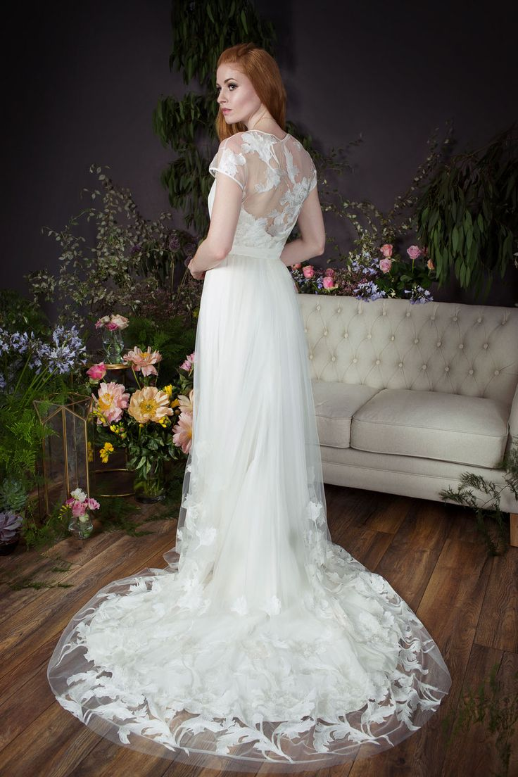61 best Naomi Neoh Bridal Gowns images on Pinterest | Wedding ...