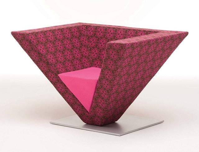 Unique Chairs 4   Pyramid Chair