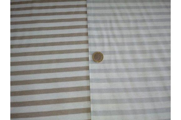 Loneta estampada de rayas, empleada para diversas labores como cortinas, estores, tapizado de sofás, fundas para cojines..., tela con cuerpo, gruesa y resistente. NOTA: Las rayas son a lo ANCHO de la tela no a lo LARGO. Fácil lavado y planchado.#loneta #estampado #rayas #gris #beige #labores #tapizado #estores #sofás #cojines #confección #manteles #disfraces #medieval #carnaval #resistente #tela #telas #tejido #tejidos #textil #telasseñora #telasniños #comprar #online #comprartelas #compra