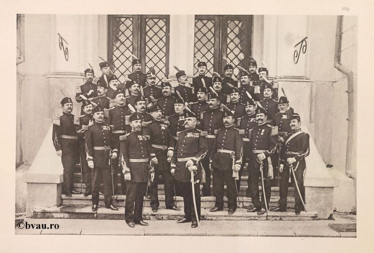 """Regimentul Ştefan cel Mare nr. 13, 1902, Romania. Ilustrație din colecțiile Bibliotecii Județene """"V.A. Urechia"""" Galați. http://stone.bvau.ro:8282/greenstone/cgi-bin/library.cgi?e=d-01000-00---off-0fotograf--00-1----0-10-0---0---0direct-10---4-------0-1l--11-en-50---20-about---00-3-1-00-0-0-11-1-0utfZz-8-00&a=d&c=fotograf&cl=CL1.36&d=J191_697980"""