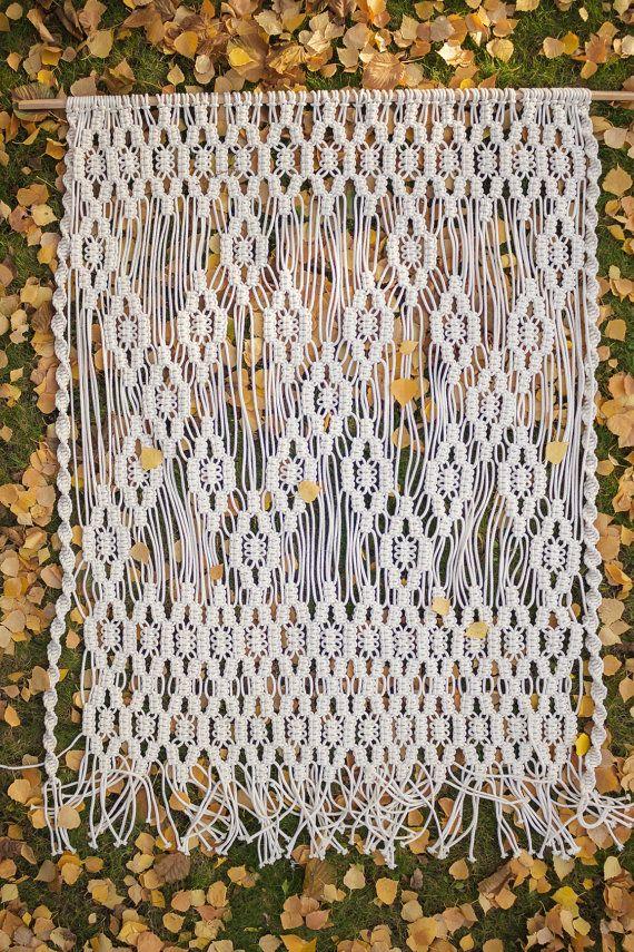 PROMO PRICE Macrame wall hanging large macrame por TheWovenDream