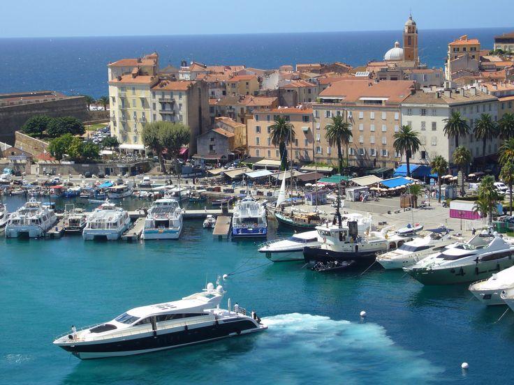 Ajaccio, Corse www.louercorse.com